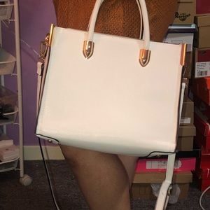 White cross body purse